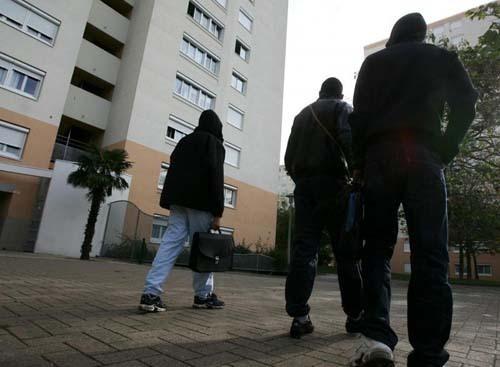 Les jeunes de banlieue : les mal-aimés de la France