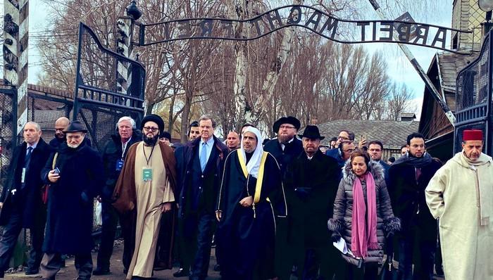 Shoah : le dirigeant de la Ligue islamique mondiale à Auschwitz pour les 75 ans de la libération du camp