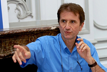 Olivier Galland : « L'urgence sociale : la jeunesse défavorisée, et en particulier les non-diplômés »