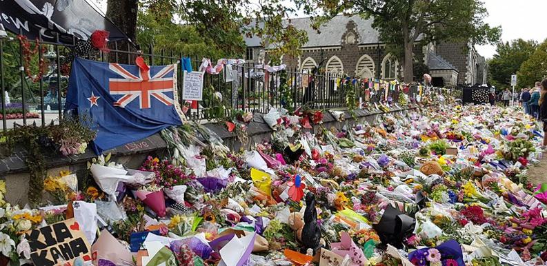 Attentats de Christchurch, un an après : la Nouvelle-Zélande à l'heure des commémorations