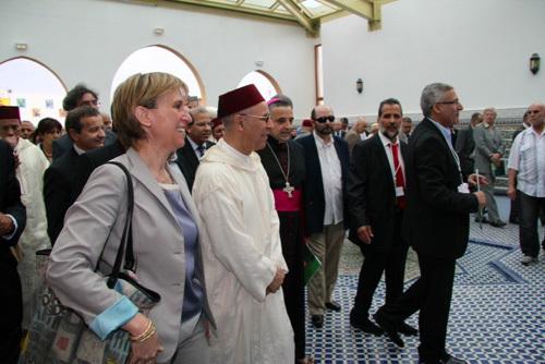 Les autorités locales et religieuses lors de l'inauguration de la Grande Mosquée de Saint-Etienne, le 19 juin 2012.