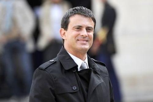 Manuel Valls, invité de la Grande Mosquée de Paris pour l'iftar