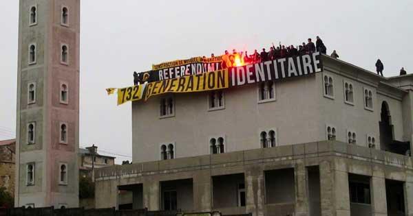 Mosquée de Poitiers : les militants de Génération identitaire relaxés pour une erreur de procédure