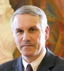 Hervé Chevreau, maire d'Epinay-sur-Seine