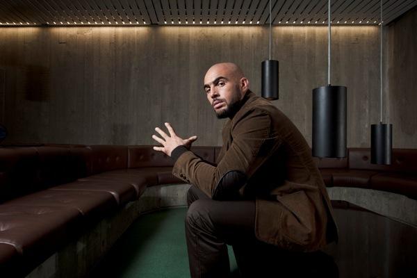 « Don't Panik », premier livre du rappeur Médine co-écrit avec Pascal Boniface, est sorti en octobre 2012.