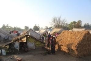 Camps de réfugiés musulmans près de Sittwe