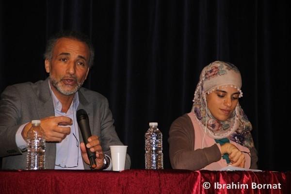 Tariq Ramadan à la conférence du Collectif Halte au massacre en Birmanie, dimanche 13 janvier à Nanterre.