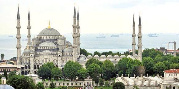 Financement des mosquées : la centralisation commence au Moyen Âge