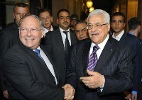 Mahmoud Abbas et Richard Prasquier en 2010.