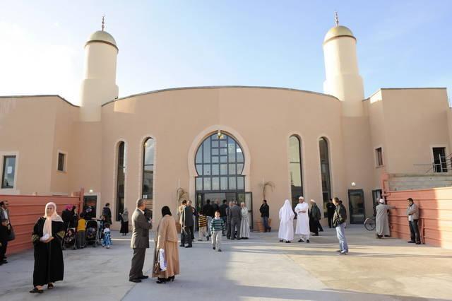 Un forum des métiers à la mosquée de Gennevilliers. © Christophe Couffinhal