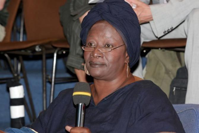 Mali : Aminata Traoré, une voix anti-guerre interdite de séjour en France