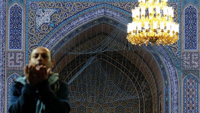 Ramadan : se rendre à la mosquée pour la prière du matin est possible avant la fin du couvre-feu