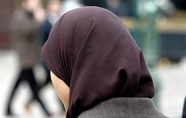 Loi anti-voile en entreprise : la proposition rejetée, gifle pour l'UMP