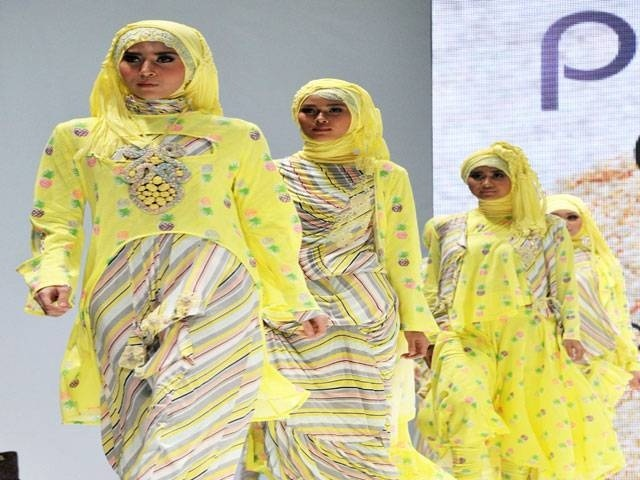 Islamic Fashion Fair 2013 : la mode islamique a le vent en poupe