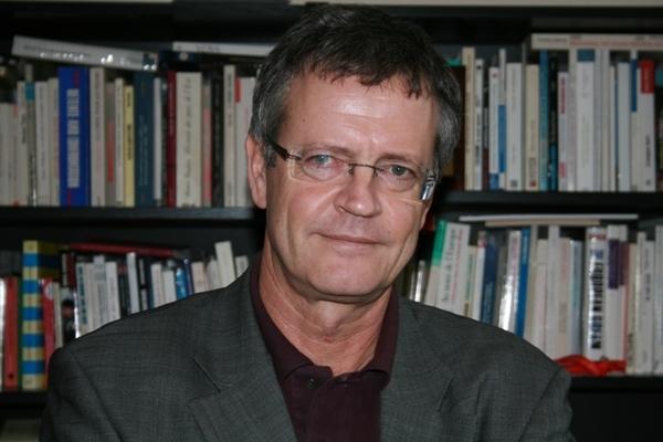 Pascal Boniface, directeur de l'IRIS et auteur de l'ouvrage « Les intellectuels intègres ».