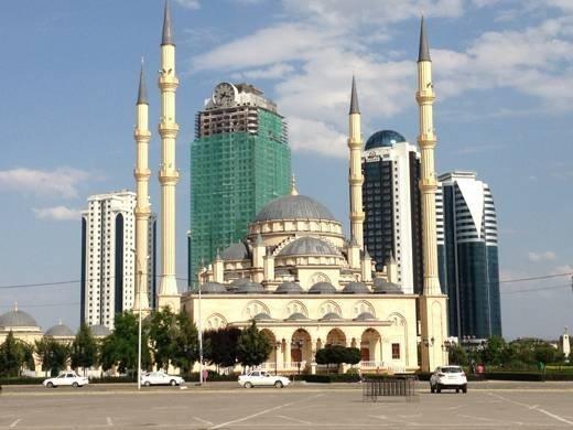 Mosquée au centre de Grozny. (Photo : © 2013 Régis Genté)