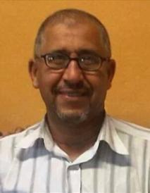 Elhachemi Seghir, en train de s'activer pour préparer les infrastructures sportives du lycée privé musulman Al-Kindi, à Lyon. Elhachemi Seghir est décédé le 12 septembre 2013.