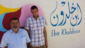 Mohsen Ngazou, directeur, et Younès Yousfi, directeur adjoint du collège-lycée Ibn Khaldoun.