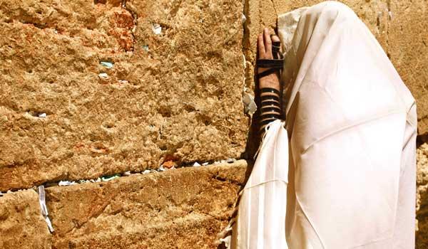 Jérusalem : les juifs autorisés par un tribunal israélien à prier sur l'esplanade des Mosquées