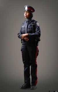 Canada : un uniforme avec hijab pour les policières