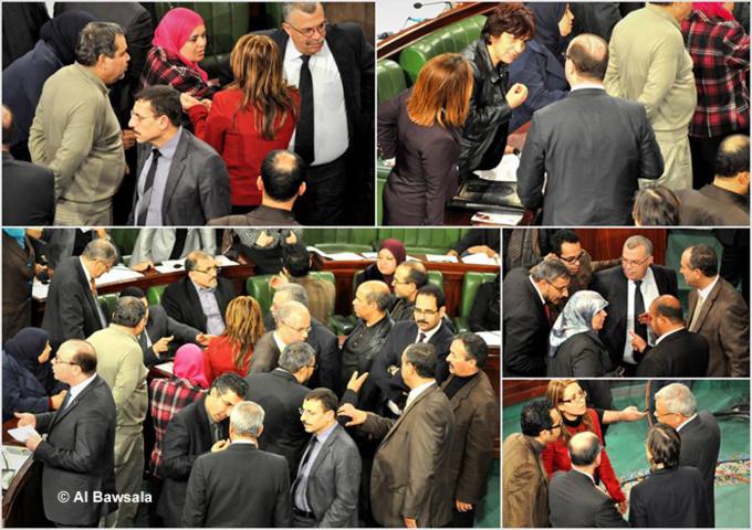 Les élus doivent rendre des comptes, selon les militants d'Al Bawsala, une ONG tunisienne qui a pour objectif d'informer l'opinion publique du fonctionnement de l'Assemblée constituante (présence des députés, détail des votes, etc.).