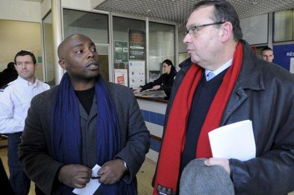 Nassurdine Haidari et Patrick Mennucci, candidat socialiste à la mairie de Marseille.