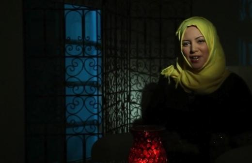 À l'ombre de l'ombre (Khayal Al-Zill), film du réalisateur Nasser Al-Requishi (Oman, 2012), programmé le mardi 25 mars 2014 à 18 h 30, dans le cadre du Festival des films du Golfe, qui se déroule du 23 au 26 mars 2014, à l'Institut du monde Arabe.