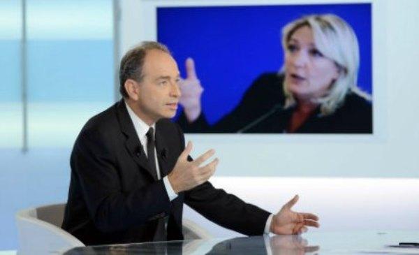 Municipales 2014 : la droite de Copé et de Le Pen à la gauche