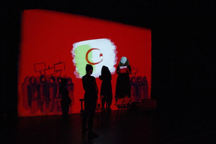 « Je vous ai compris », une pièce de et avec Valérie Gimenez et Sinda Guessab (photo : © Luciana Poletto)