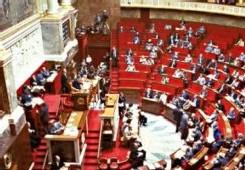 Le bleu déferle sur l'Assemblée nationale