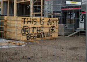 Une plainte contre des inscriptions néonazies en Suisse