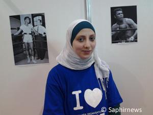 Amira, étudiante et coach de boxe et de fitness.