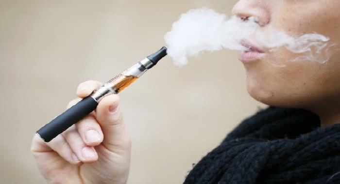 Le marché de la cigarette électronique est en plein boom mais est-elle une solution halal ?