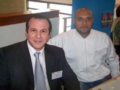 Ahmed Timsit à gauche, responsable de l'APSI (Association pour la promotion et le soutien à la création d'entreprise)