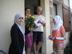 Opération à Reims « un Mot, une Fleur, un Sourire »