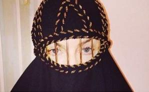 Madonna en niqab.