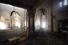 La mosquée place Rabia détruite par un incendie.