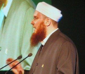 Nicolas Blancho, figure de proue du Conseil central islamique, lors d'un rassemblement à Genève en décembre 2013. (© 2013 JF Mayer)