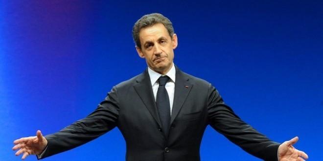 Nicolas Sarkozy revient à la vie politique après deux ans d'absence depuis sa défaite à l'élection présidentielle en mai 2012.