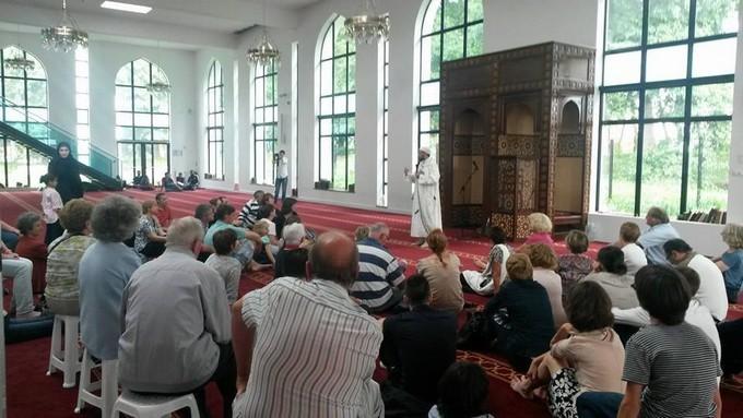 À Villeneuve-d'Ascq, la mosquée fait le plein de curieux aux Journées du patrimoine