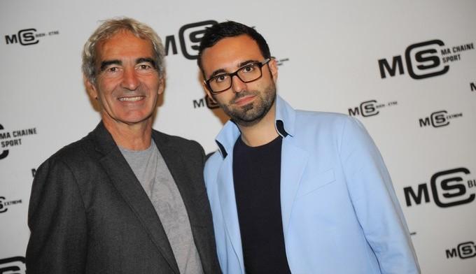 Nicolas Vilas (à droite), ici avec Raymond Domenech, est auteur du livre « Dieu Football Club ».