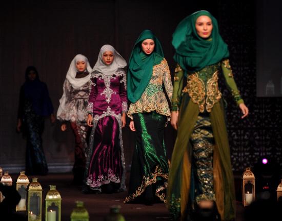 Mode féminine, arme contre l'islamophobie ?