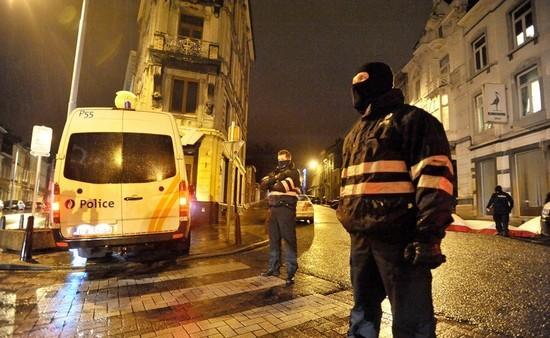 Terrorisme : des dizaines de perquisitions à l'échelle européenne