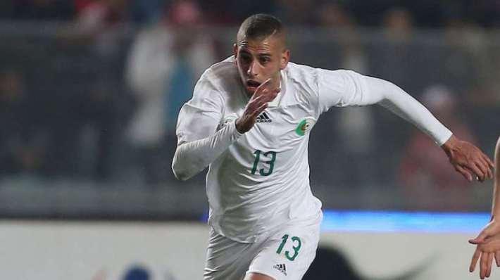 Le 19 janvier 2015, l'Algérie entre en lice dans la Coupe d'Afrique des nations, en renversant l'Afrique du Sud (3 buts contre 1), Islam Slimani ayant marqué le dernier but à la 83e minute. Le 1er février, l'Algérie dispute le quart de finale contre la Côte d'Ivoire.