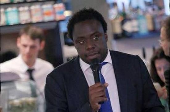 Un sans-papiers à la présidence des jeunes de l'UMP, l'embarras