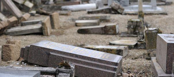 Tombes juives profanées : les mineurs interpellés nient être antisémites