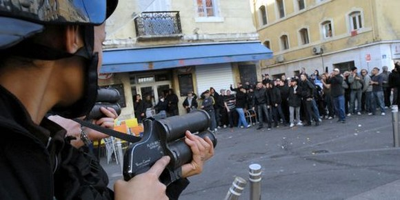 Amnesty : le bilan catastrophique des droits humains en 2014 n'épargne pas la France