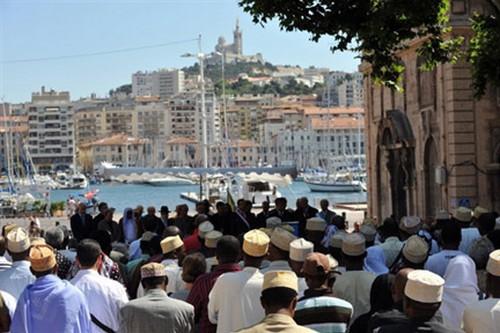 Départementales : le vote des Comoriens de Marseille acheté ?