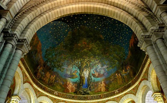 « Apparition de la Vierge aux druides », fresque de François Zbinden, se trouvant dans l'abside de la basilique Notre-Dame-de-Bonne-Garde, de Longpont, dans l'Essonne (photo : P. Poschadel)