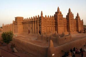 Des vers de Rûmî à l'or de Tombouctou : sauver le patrimoine islamique